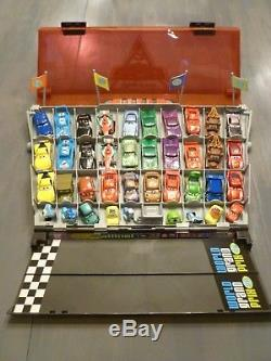 Disney Pixar Cars 2 Fan Stands Play-n-Display Carry Case +40 Vehicles +Free Ship