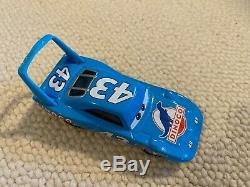 Disney Pixar Cars in Oval Race Storage Carrying Case, All Cars Included, Used