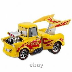 Disney Store Cars 2 Die Cast Collector Case Drag Star Mater 143 Scale NEW