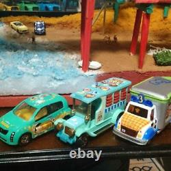 Product No. 2525 Collection Case For Display Disney Resorts And Cars